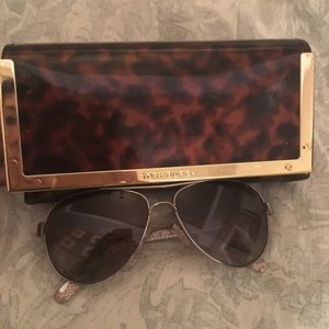 Tory Burch sunglasses. 💯Authentic and polarized!